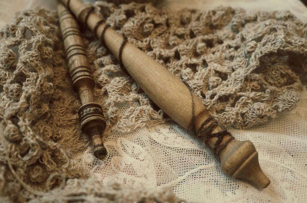 веретено, прялка, шерсть, шерсть 100%, прядение, пряха, веретена, рукоделие, традиция, творчество, ремесло