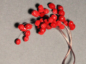 Делаем новогодний декор из орешков липы своими руками. Ярмарка Мастеров - ручная работа, handmade.