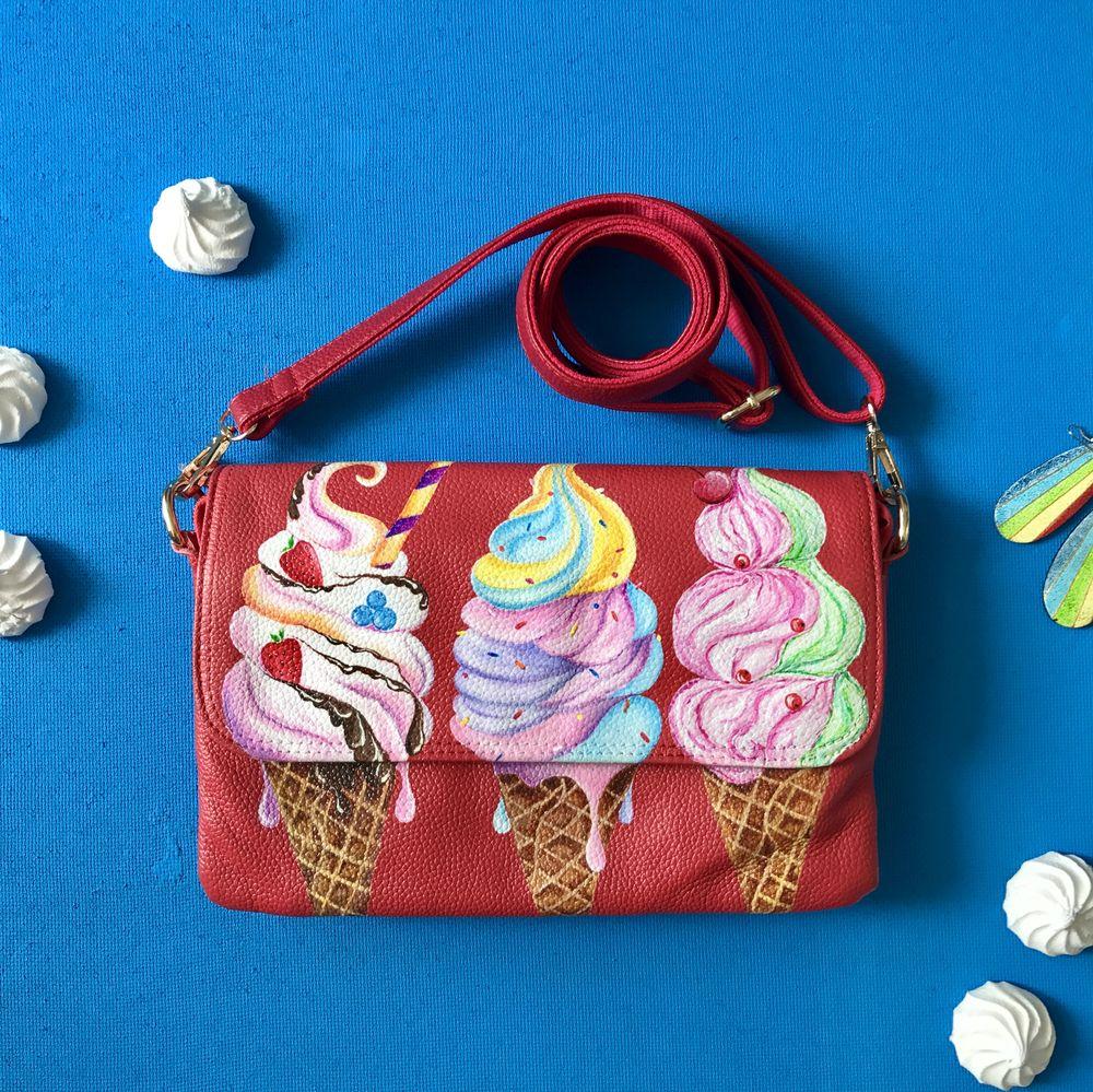 подарок девушке, сумка с ручной росписью, кожаная сумка через плечо, кожаная сумка с рисунком, красная сумочка
