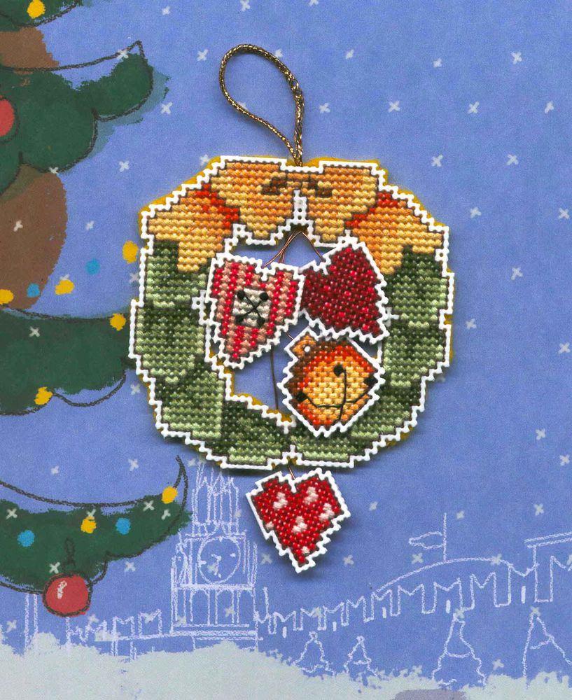 Новогодняя вышивка крестом на пластиковой канве 99