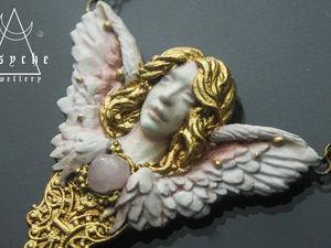 Ангел кулон с опалом. Ручная работа из полимерной глины. Новая работа. В наличии. Ярмарка Мастеров - ручная работа, handmade.