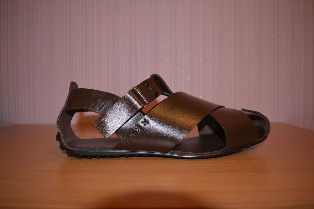 низкие мужские сандалии, высокая мода