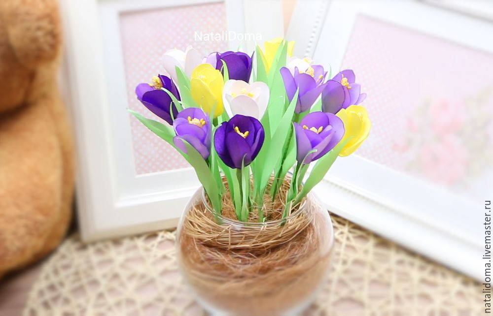 крокусы, крокусы из атласных лент, интерьерный букет, цветы из лент, цветы из атласных лент, мастер-класс, цветы ручной работы