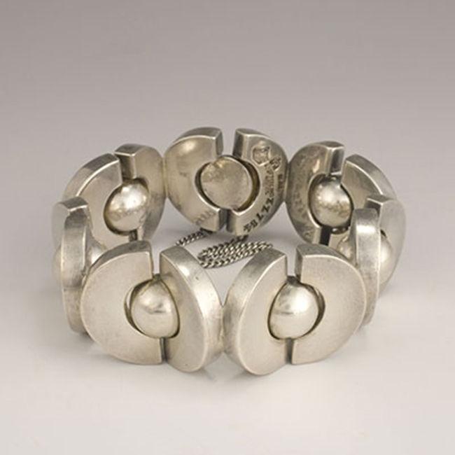 история моды, серебряные украшения