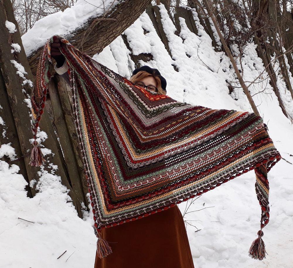 многоцветная шаль