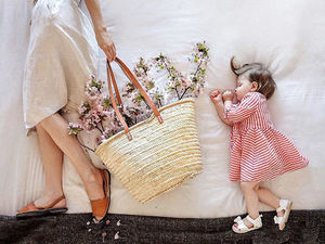 When a Baby Is Sleeping: How a Sleepy Mother Won the Net with Touching Images. Livemaster - handmade