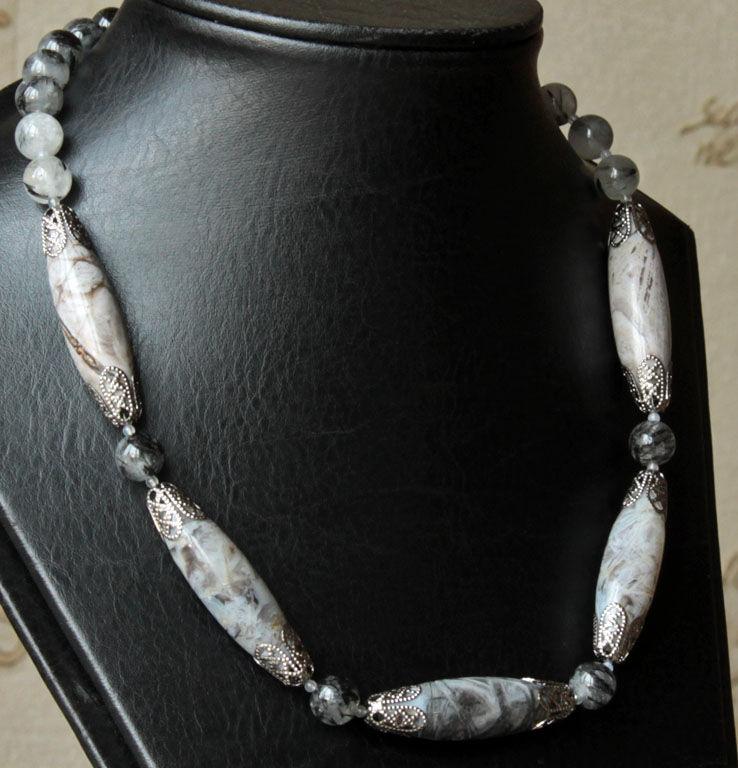 аукцион украшения, бусы натуральные камни, кварц волосатик, город петра