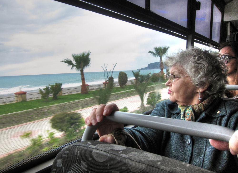 пенсионеры, пенсия в радость или, море рядом