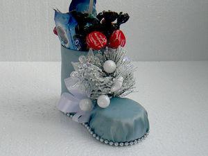 Новогодний декор: ёлочка в сапожке из пластиковой бутылки | Ярмарка Мастеров - ручная работа, handmade