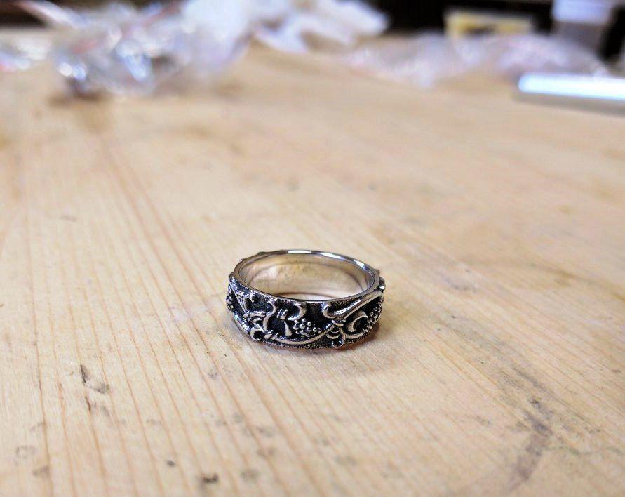 кольцо с виноградом, лоза, изюм, серебро с чернением, винтаж, флористика, орнамент