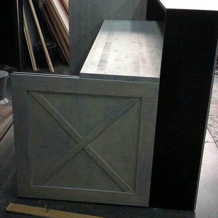 рецепшн из металла, производитель мебели лофт, лофт дизайн
