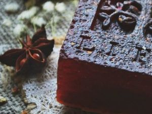 Защитное мыло очищает не только тело, но и душу. Ярмарка Мастеров - ручная работа, handmade.