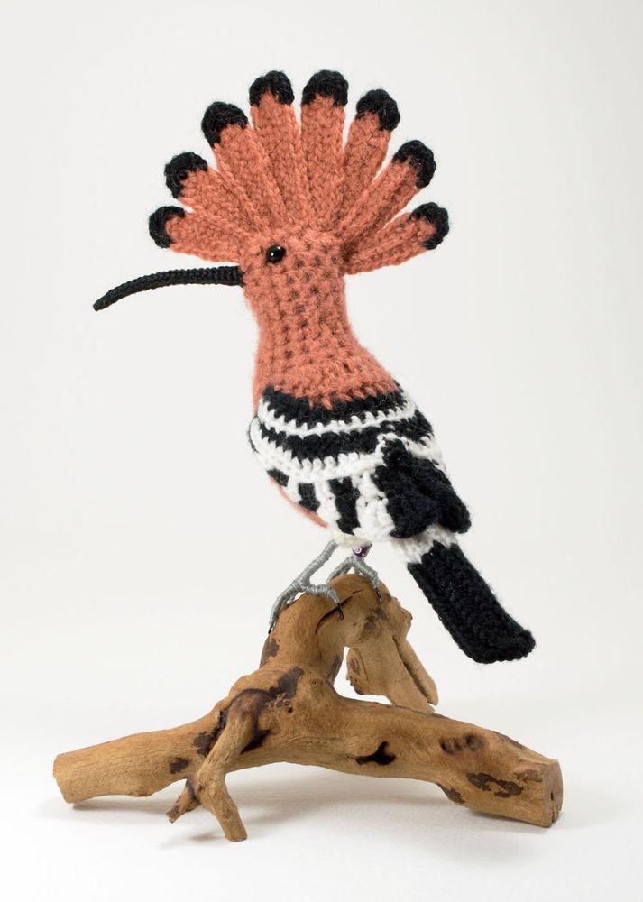Вот-вот взлетят: реалистичные вязаные птицы Jose Heroys, фото № 15