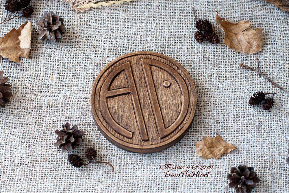 деревянная монета, семейная мастерская