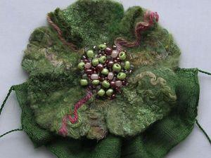Создаем простую фактурную брошь из валяной шерсти и шелка. Ярмарка Мастеров - ручная работа, handmade.