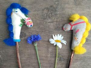 Делаем стилизованную славянскую игрушку — коника на палочке. Ярмарка Мастеров - ручная работа, handmade.