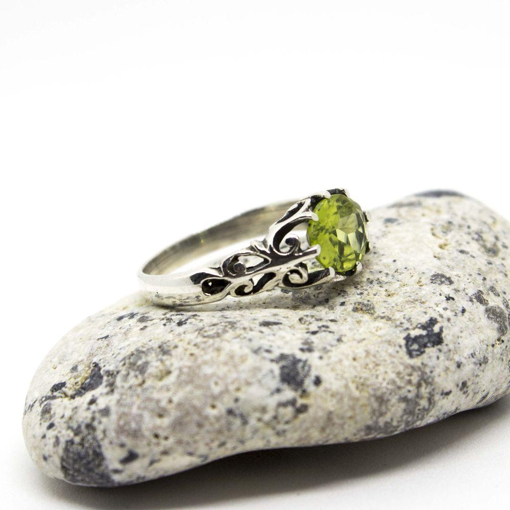 оливин, о камнях, талисман, интересности, необычное украшение