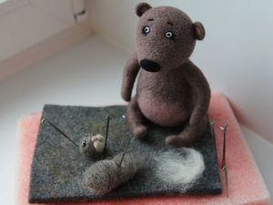 Рабочие моменты. Мишка ждет своего друга). Ярмарка Мастеров - ручная работа, handmade.