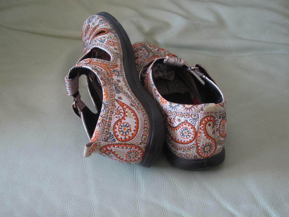 роспись летней обуви, пейсли
