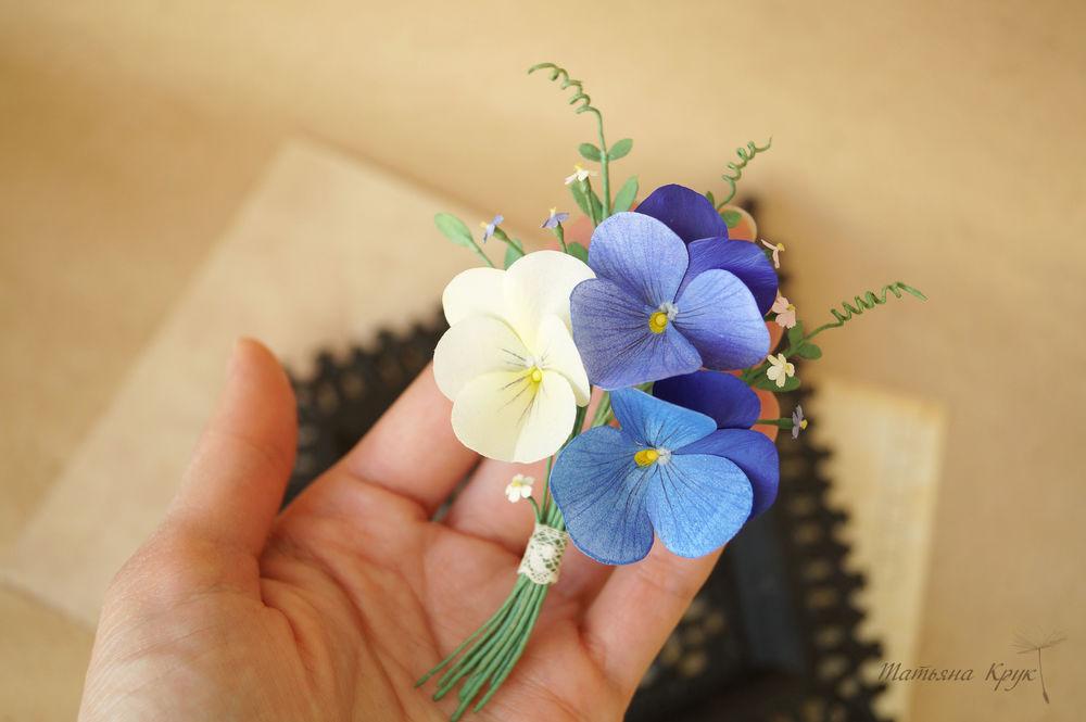 цветочная брошь