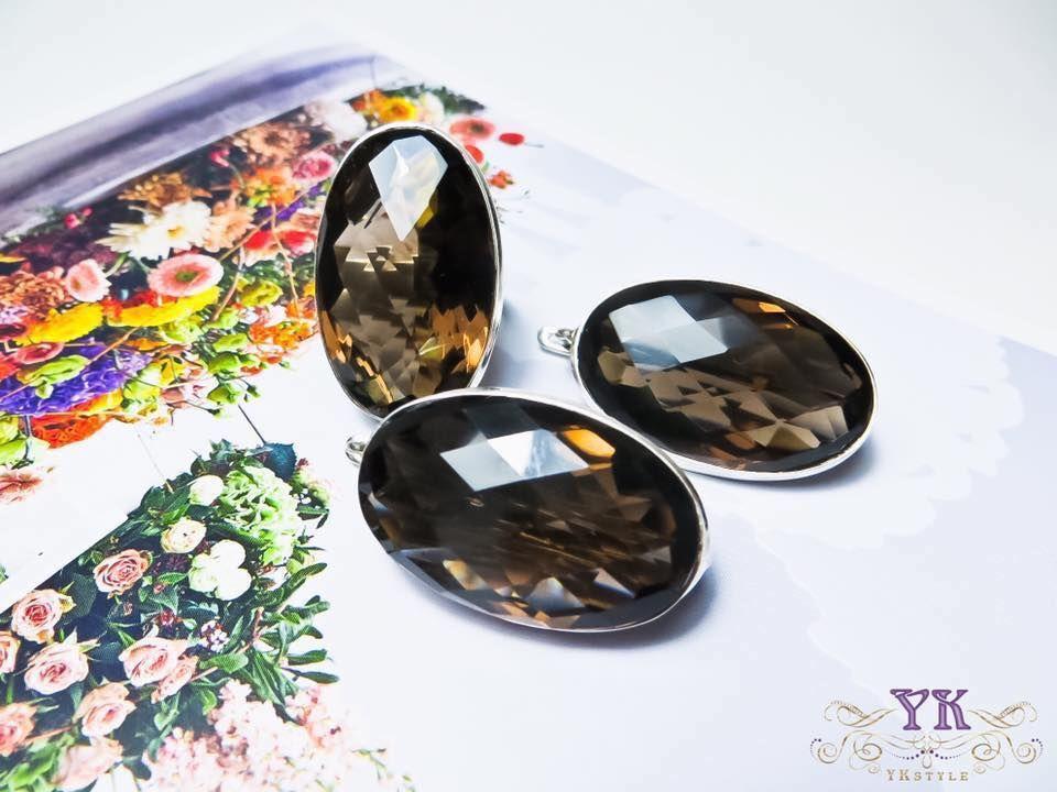 Камень раухтопаз. Комплект серьги и кольцо.