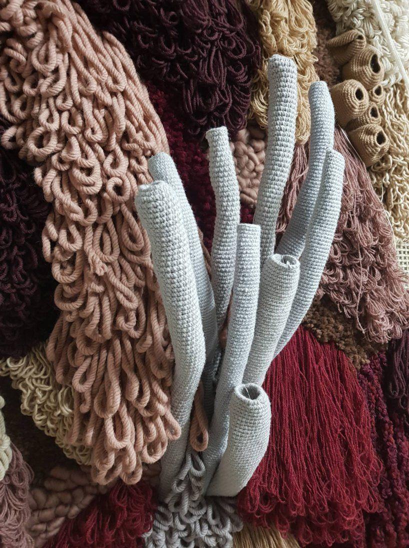 Мастерица из Португалии создает «живые кораллы» из остатков ткани