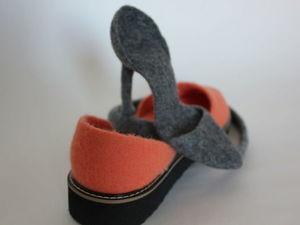 А вы знаете какая обувь называется сандалетами? А из шерсти? Войлочные?. Ярмарка Мастеров - ручная работа, handmade.