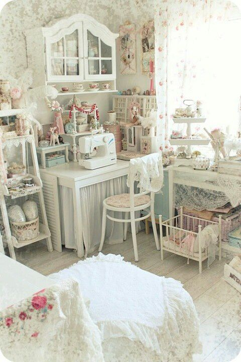 shabby chic crafting room. LOVES!! :o