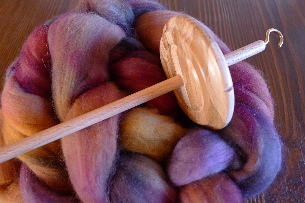 веретено, как прясть, прядение шерсти, обучение прядению, мастер-класс по прядению, пряжа для вязания, малабриго