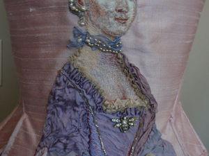 Шедевры гладью: портрет Марии Антуанетты на корсете фасона Рококо. Ярмарка Мастеров - ручная работа, handmade.