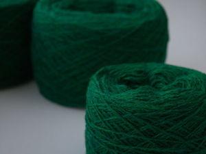 Новые цвета в наличии. Шерсть ягненка мериноса. Винтажный зеленый и кремовый. Ярмарка Мастеров - ручная работа, handmade.