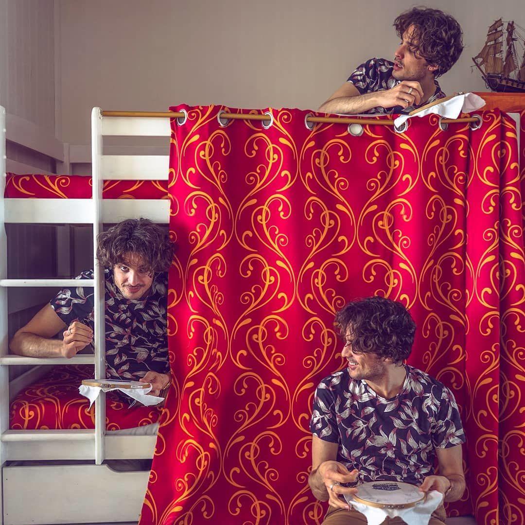 Вышивальщики, вязальщики и просто красавцы, или Мужчины в «женском» рукоделии, фото № 1