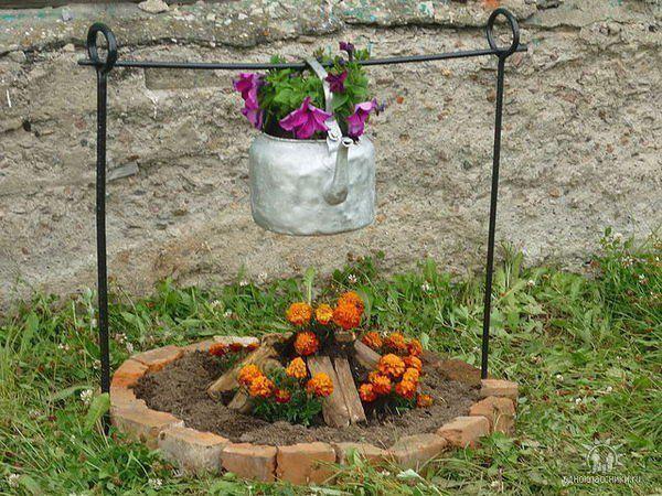 Прикольные украшения для дачи и сада