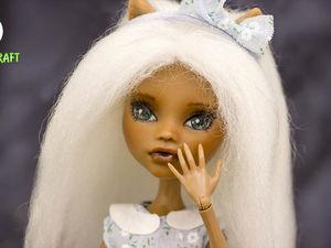 Переделка куклы: ООАК, прошивка волос шерстью, обувь и платье своими руками для куклы Монстер Хай. Ярмарка Мастеров - ручная работа, handmade.