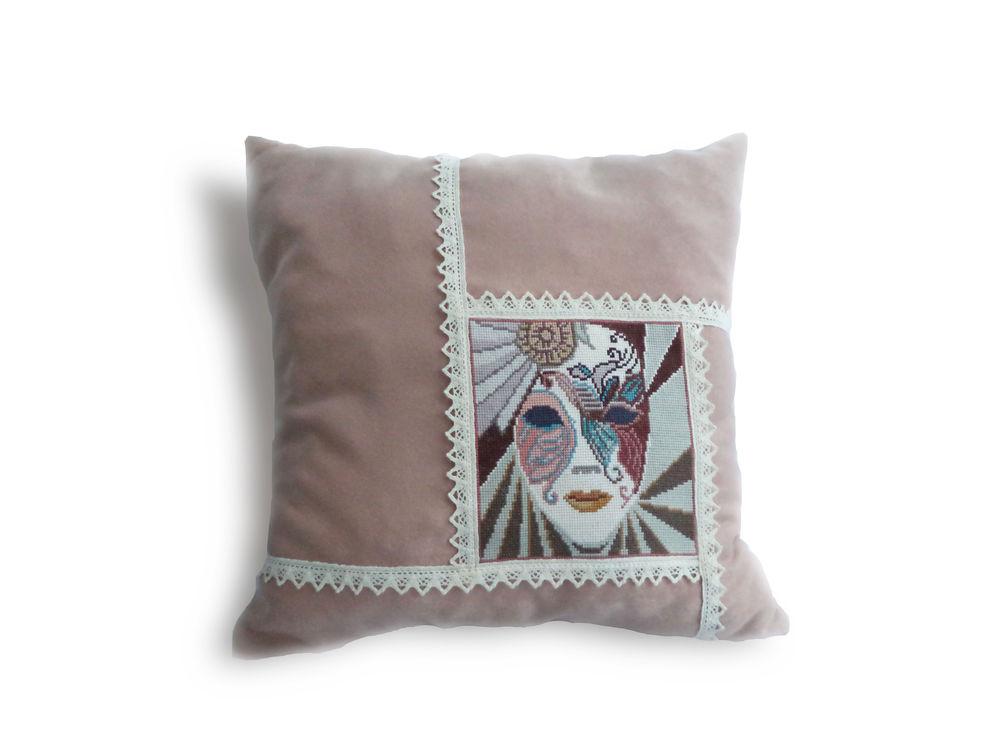 подушки с вышивкой, подушки ручной работы