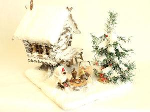 Зимняя избушка Бабы Яги с внутренним убранством