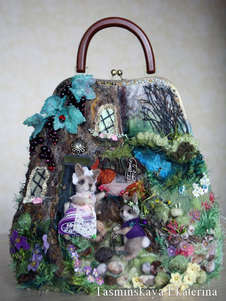 лес, весна, сумка с животными