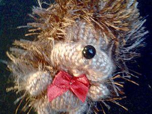 Вяжем спицами миниатюрную игрушку «Ежик». Ярмарка Мастеров - ручная работа, handmade.