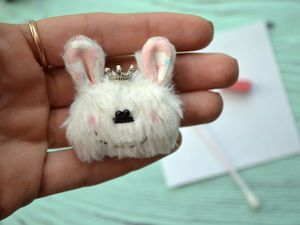 Hare Brooch with Your Own Hands. Livemaster - handmade