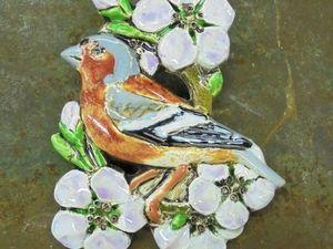 О птичках и девушках: Анонс самых новых керамических брошей перед выставкой-продажей. Ярмарка Мастеров - ручная работа, handmade.