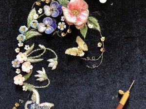 Особенности вышивки люневильским крючком по бархату. Ярмарка Мастеров - ручная работа, handmade.