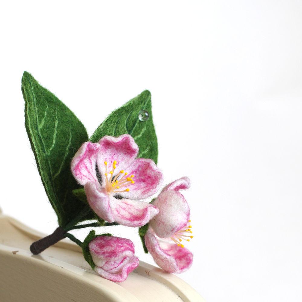 виктория козырь, обучение валянию, обучение, цветы, брошь, валяние на каркасе, цветы ручной работы, сухое валяние хенд мейд, яблоня, цветущая яблоня