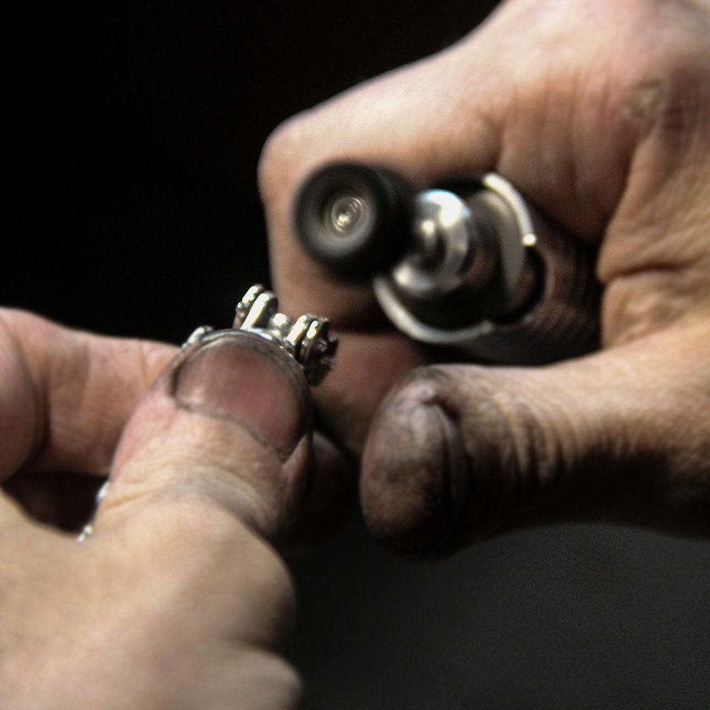 байкерский браслет