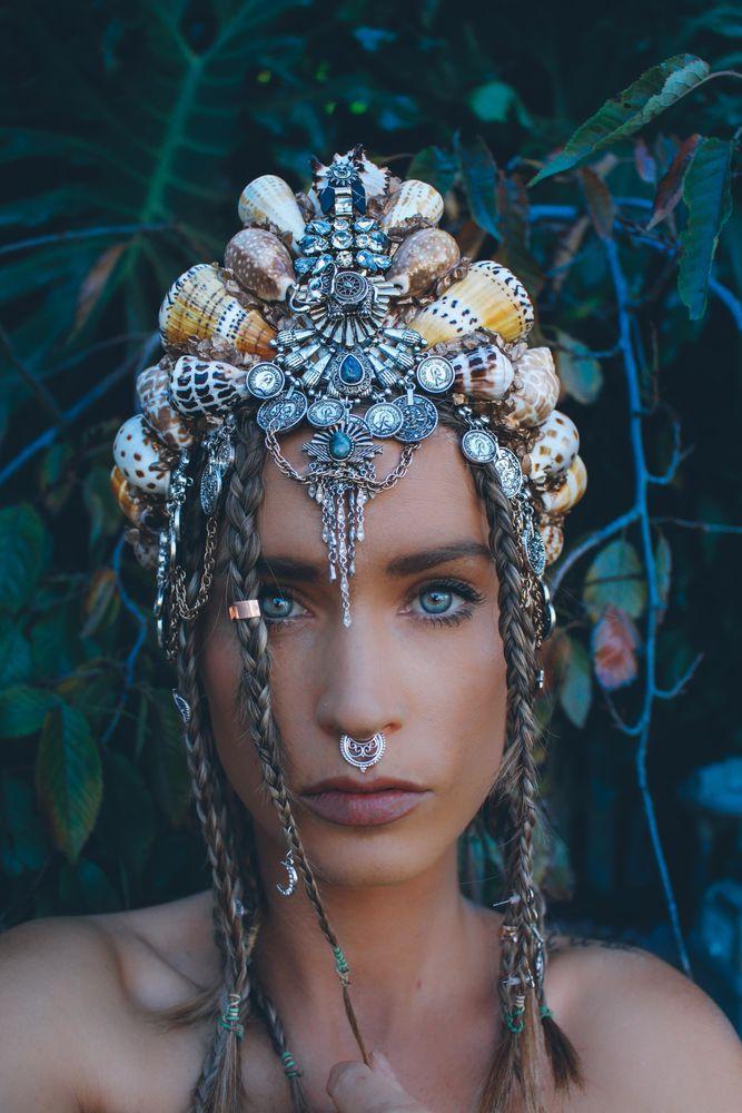 Великолепные короны из морских ракушек от Chelsea Shiels, фото № 16