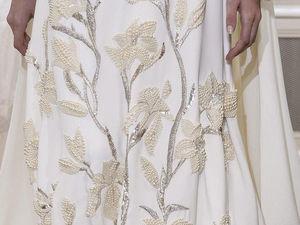 Процесс вышивки жемчугом и битью наряда Schiaparelli Haute Couture Spring/Summer 2018. Ярмарка Мастеров - ручная работа, handmade.