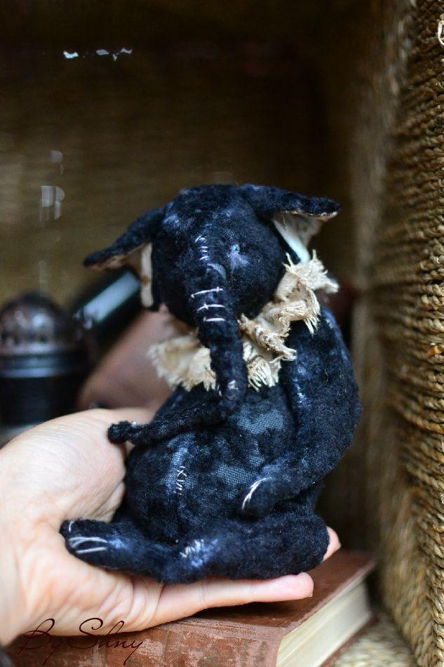 черный слон