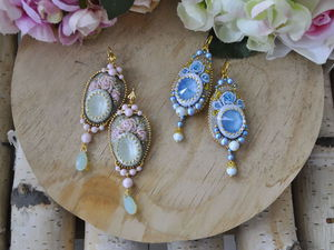 Creating Rococo Rose Earrings with Bead Embroidery. Livemaster - handmade