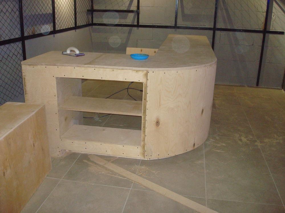 монтаж барной стойки, лофт интерьер, мебель из металла