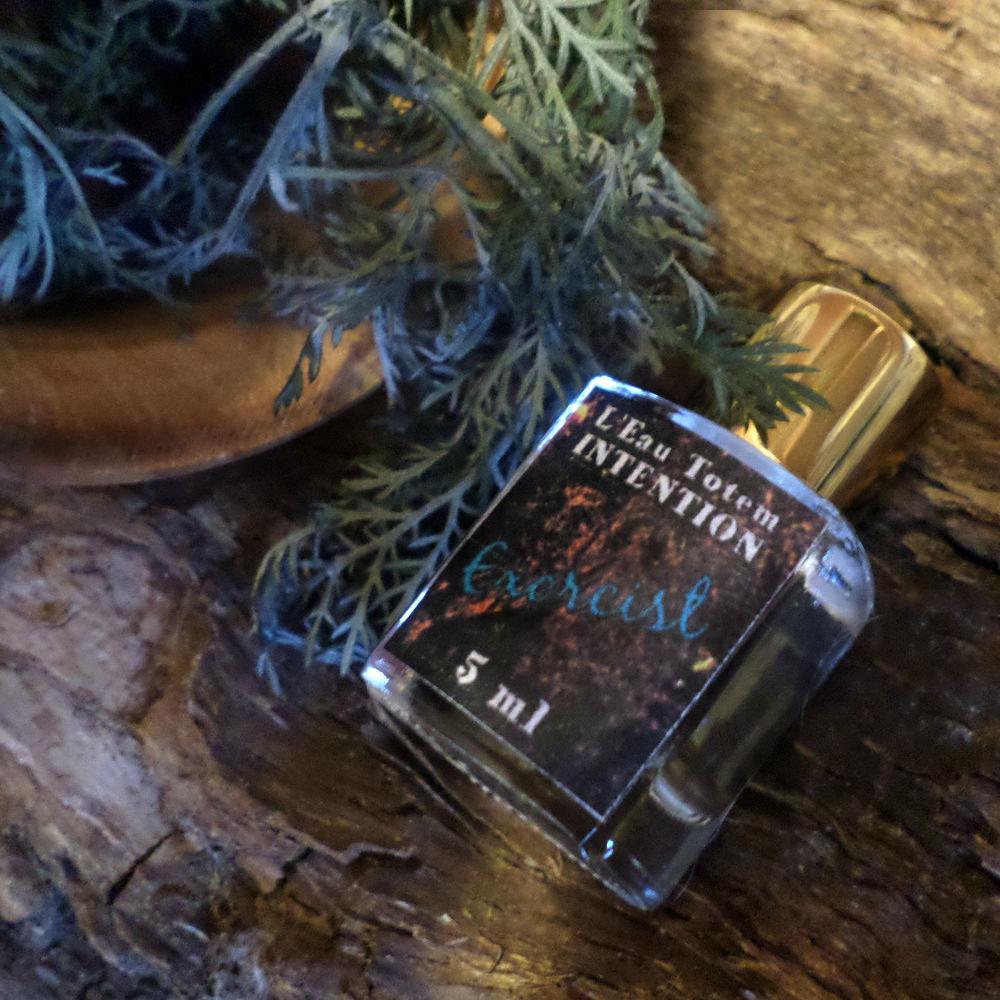 экзорцист, защитный аромат, благовоние, фитотерапия, тотемы и обереги, парфюмерный тотем, аромат полыни, аромат лаванды, лаванда духи, натуральные духи