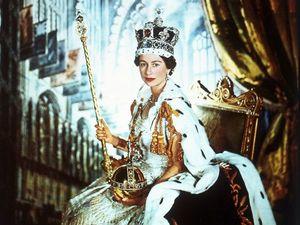 Королевский стиль: два главных платья Елизаветы II. Ярмарка Мастеров - ручная работа, handmade.